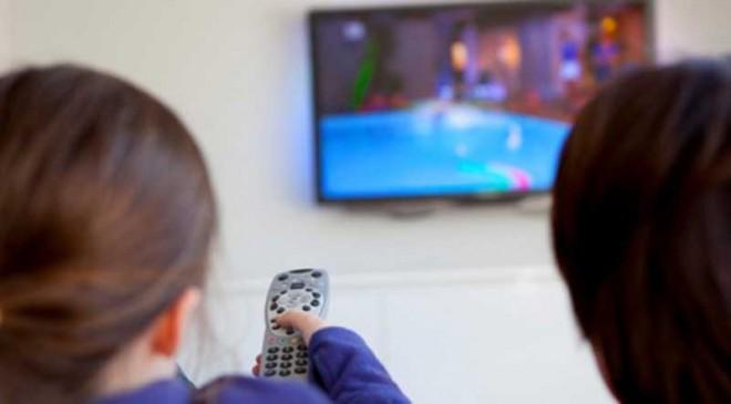 تلویزیون-اثرات-مخرب-آن