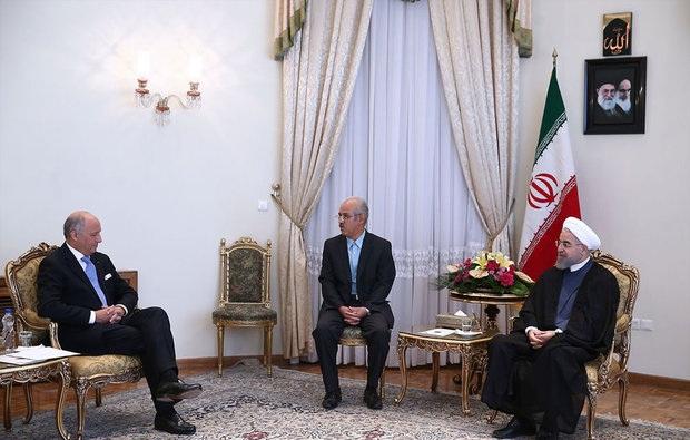 دیدار رئیس جمهور ایران با وزیر فرانسه